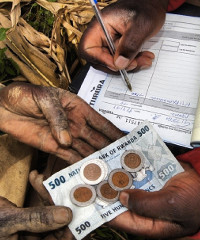 One Acre Fund supports small-scale farmers across East Africa. Photo courtesy of One Acre Fund