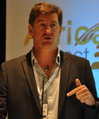 Pierre van der Hoven
