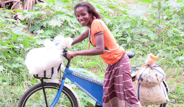 Mozambikes make use of an innovative business model where advertisers can effectively buy advertising space on the bikes, subsidising the cost for low income consumers.