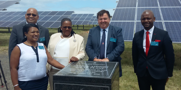 George mayor Charles Standers (back left), Transport Minister Dipuo Peters, Transport and Public Works MEC Donald Grant and ACSA chairperson Skhumbuzo Macozoma.